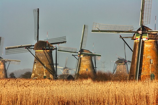 Eneco: Dutch Windmills are Moving Trains