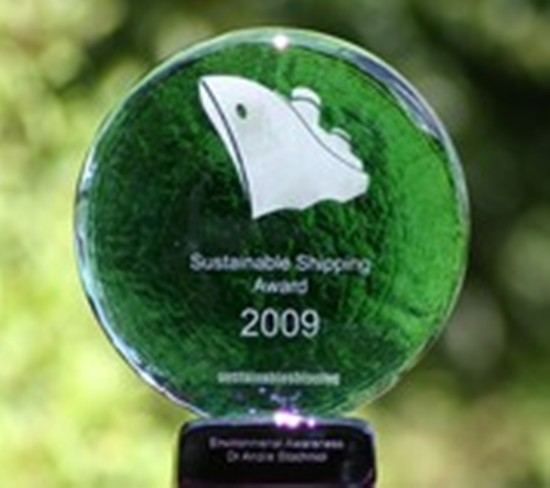 Maersk Line wins award for super slow steaming initiative